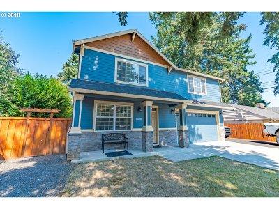 Portland Single Family Home For Sale: 14529 SE Madison St