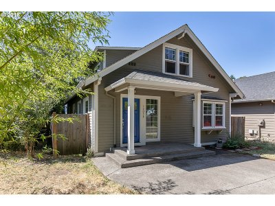 Multnomah County Single Family Home For Sale: 13048 SE Kelly Ct