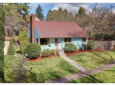 Portland Single Family Home For Sale: 4411 SE Rex St