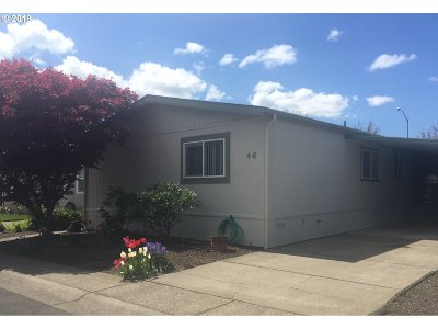 Eugene Single Family Home For Sale: 1699 N Terry St #46