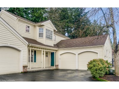 Tigard Single Family Home For Sale: 13464 SW Summerwood Dr