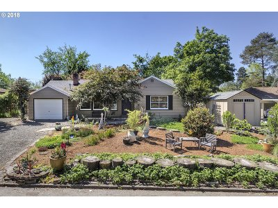 Single Family Home For Sale: 13720 NW Pioneer Rd