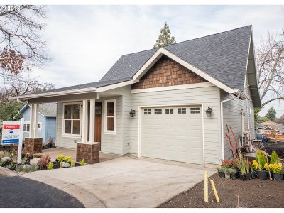 Eugene Single Family Home For Sale: 2849 Adams St