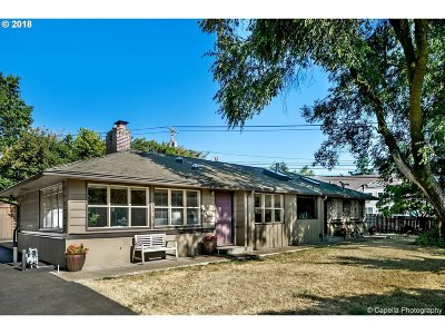 Portland Single Family Home For Sale: 1400 SW 84th Ave