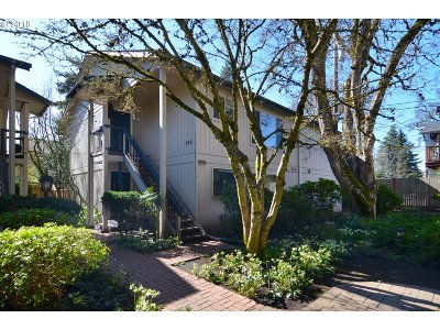 Eugene Condo/Townhouse For Sale: 652 Cherry St #2