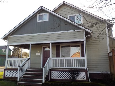 Milwaukie, Gladstone Single Family Home For Sale: 205 W Berkeley St