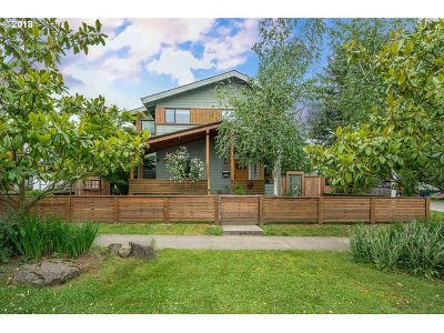 Single Family Home For Sale: 5903 SE 49th Ave