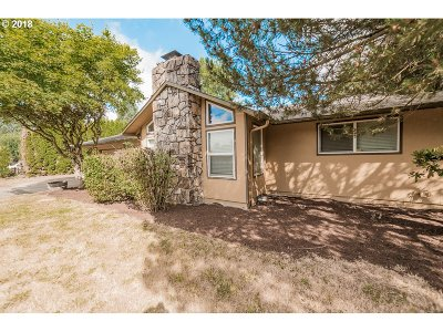 Molalla Single Family Home For Sale: 28502 S Highway 213