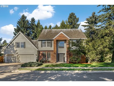 Tualatin Single Family Home For Sale: 21625 SW 100th Dr