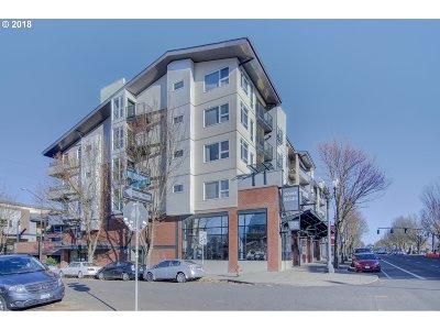 Condo/Townhouse For Sale: 1718 NE 11th Ave #205