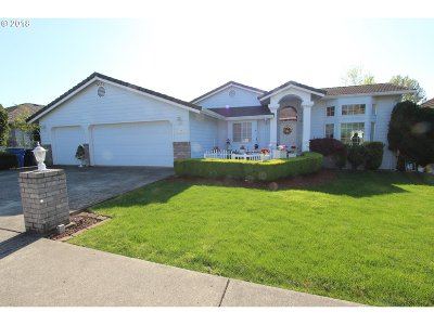 Camas Single Family Home For Sale: 739 NW View Ridge St
