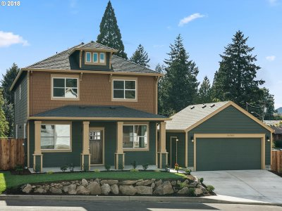Clackamas County Single Family Home For Sale: 18505 SE Tryon Way