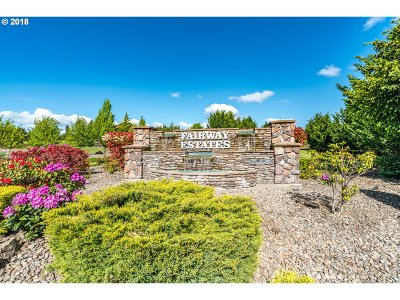 Sutherlin Single Family Home For Sale: 376 Bentgrass Ct
