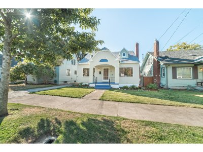 Portland Single Family Home For Sale: 3644 SE Franklin St