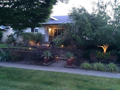 Newberg, Dundee, Mcminnville, Lafayette Single Family Home For Sale: 1007 E Foothills Dr