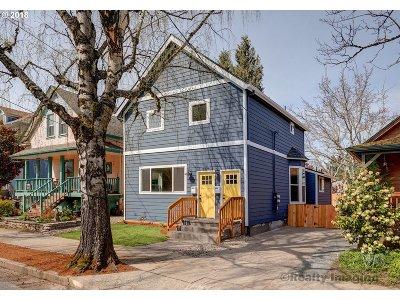 Portland Multi Family Home For Sale: 3223 SE Taylor St