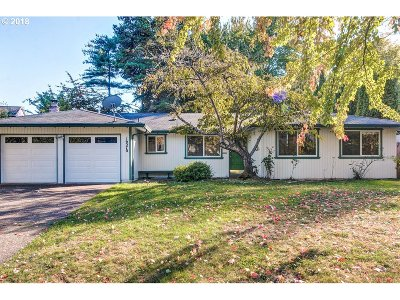 Aloha Single Family Home For Sale: 16570 SW Rigert Ter