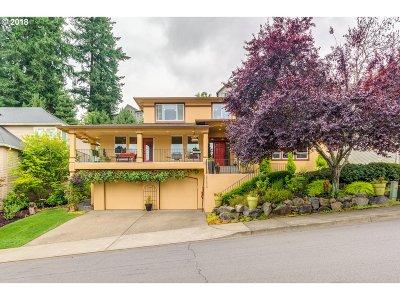 West Linn Single Family Home For Sale: 25630 Cheryl Dr
