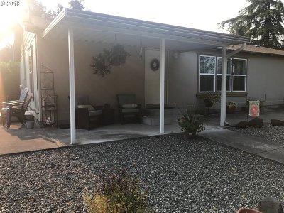 Gresham Single Family Home For Sale: 31830 SE Dodge Park Blvd