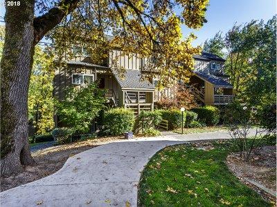 Lake Oswego Condo/Townhouse For Sale: 4 Touchstone #125