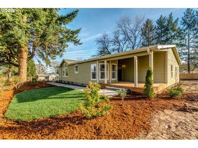 Oregon City, Beavercreek, Molalla, Mulino Single Family Home For Sale: 32532 S Molalla Ave