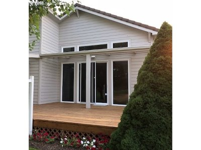 Cottage Grove, Creswell Single Family Home For Sale: 70 Magnolia Dr