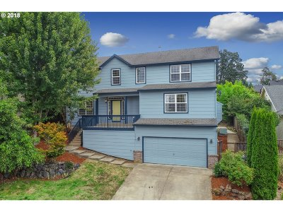 Washougal Single Family Home For Sale: 1018 Fairway Dr