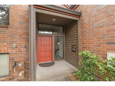 Tigard Condo/Townhouse For Sale: 15480 SW 114th Ct #73