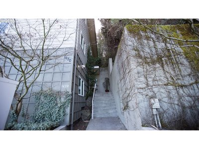 Condo/Townhouse For Sale: 1630 SW Montgomery St #G