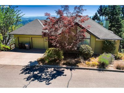 West Linn Single Family Home For Sale: 19772 Wildwood Dr