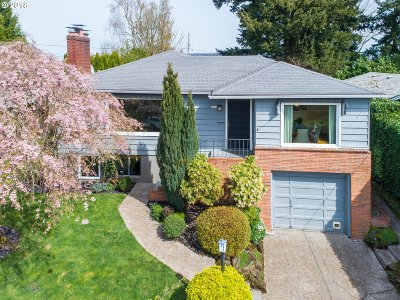 Portland Single Family Home For Sale: 6906 SW 4th Ave