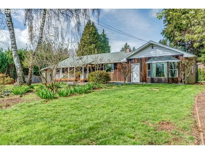 Washougal Single Family Home For Sale: 3811 Evergreen Way