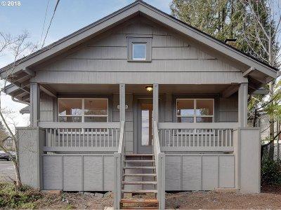 Multnomah County, Washington County, Clackamas County Single Family Home For Sale: 202 Molalla Ave