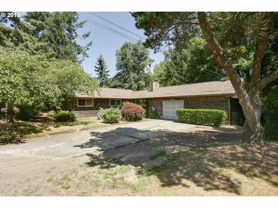 Gresham Single Family Home For Sale: 1490 SW Blaine Ave