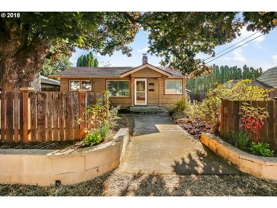 Single Family Home For Sale: 300 SE 94th Ave