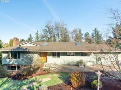 Portland Single Family Home For Sale: 9905 NW Leahy Rd