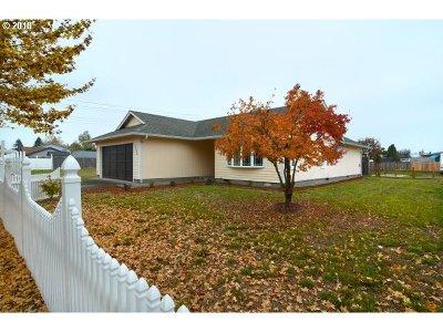 Eugene OR Single Family Home For Sale: $269,900