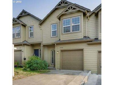 Gresham Single Family Home For Sale: 5936 SE 17th Loop
