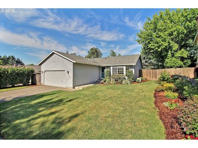 Beaverton Single Family Home For Sale: 8415 SW Morgan Dr