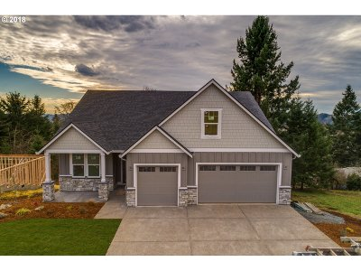 La Center Single Family Home For Sale: 136 W 13th Way