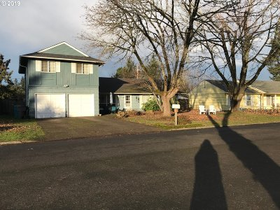 Vancouver Single Family Home For Sale: 9314 NE Alpine St