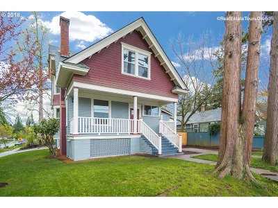 Hillsboro Single Family Home For Sale: 272 SE Walnut St