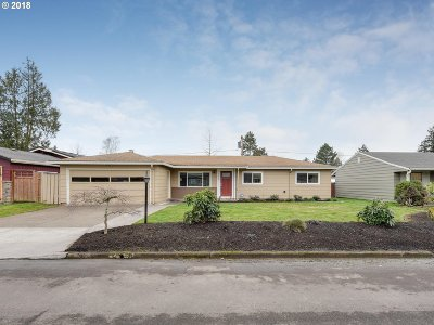 Single Family Home For Sale: 13500 SW Logan St