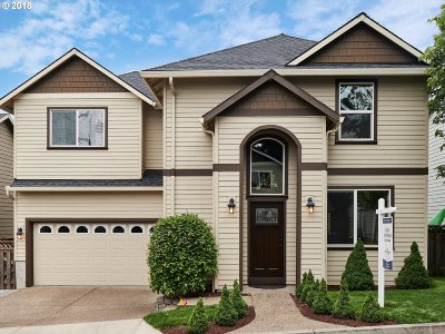Gresham, Troutdale, Fairview Single Family Home For Sale: 2046 NW Bella Vista Dr