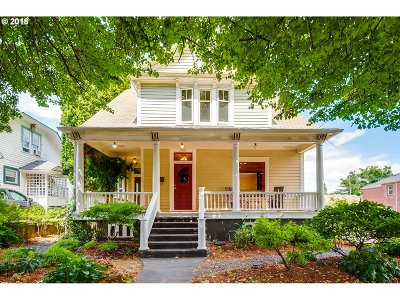 Single Family Home For Sale: 2047 NE Davis St