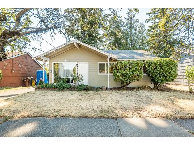 Multnomah County Single Family Home For Sale: 7333 SE 84th Ave