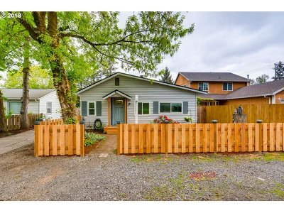 Single Family Home Sold: 6721 SE Overland St