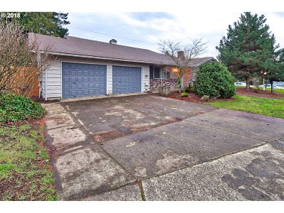 Oregon City Single Family Home For Sale: 13220 Frontier Pkwy