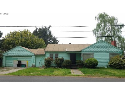 Single Family Home For Sale: 7925 NE Mason St