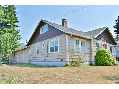 North Bend Single Family Home For Sale: 3413 Sherman